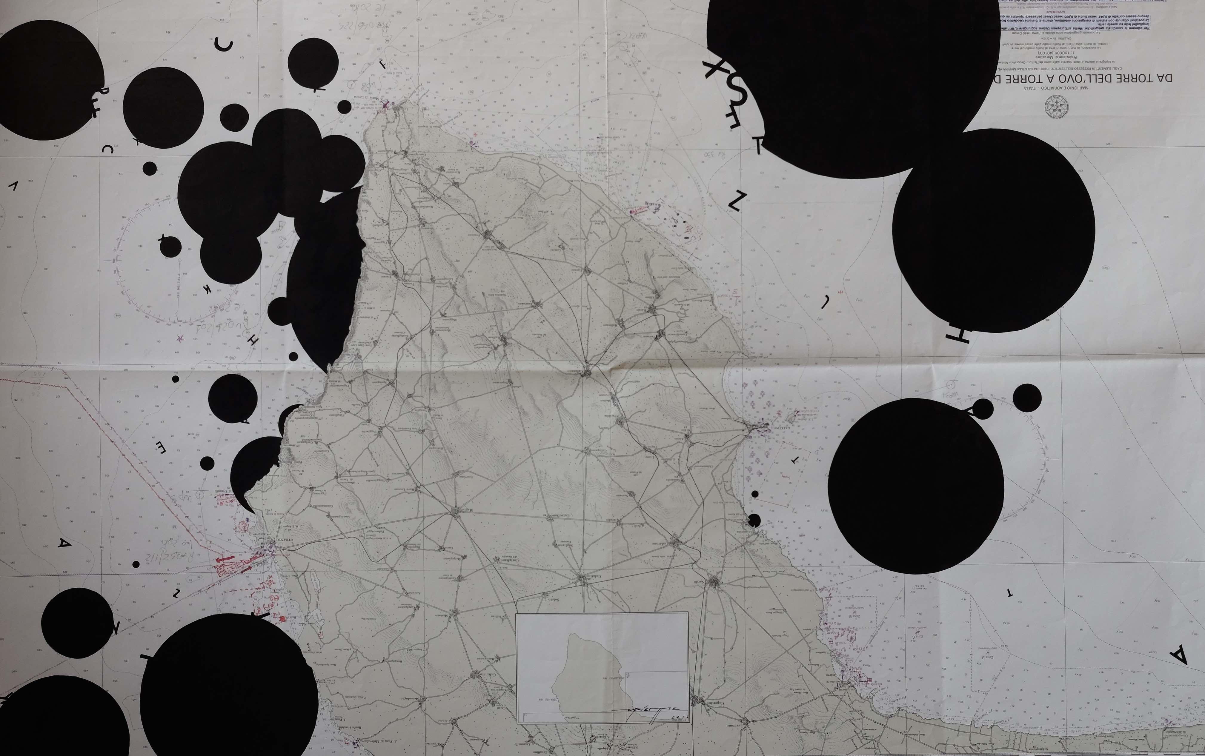 Pilastro, 2016, acrilico su carta nautica del 2001 (Leuca), 114 x 75 cm